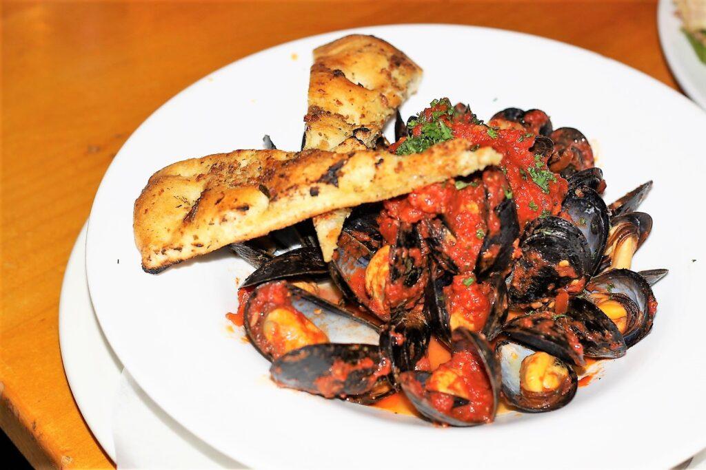 Cozze Fresche (mussels in tomato sauce) - Marcello's Ristorante & Pizzeria