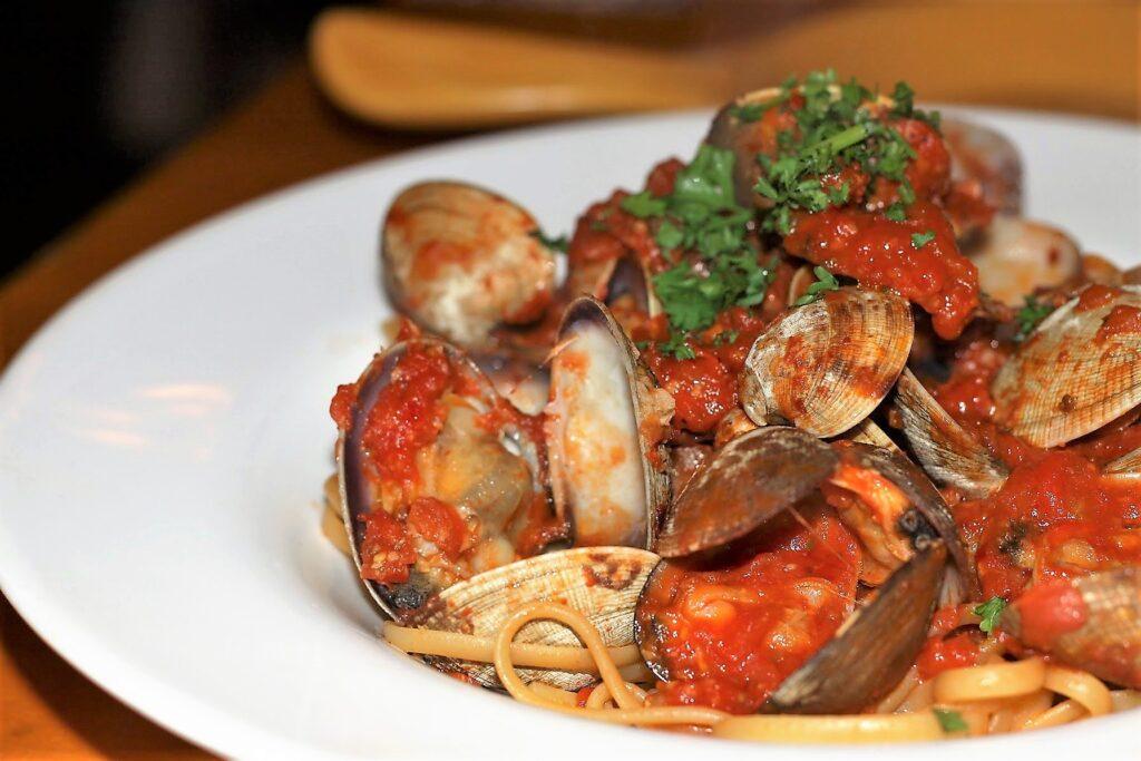 Linguine Alla Vongole (clams in white wine sauce with a touch of tomato) - Marcello's Ristorante & Pizzeria